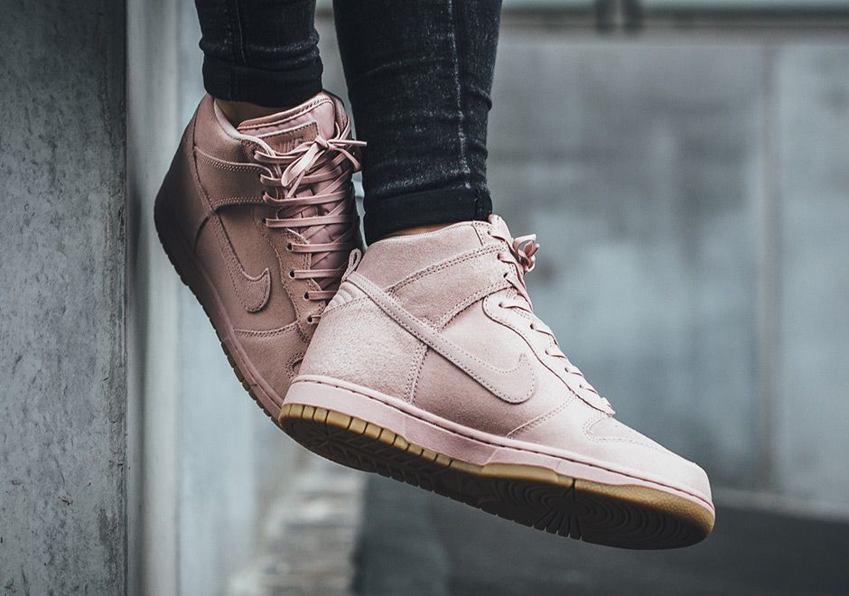premium selection 9cbea 29b22 The Nike Dunk High Premium Oxford Pink (Style Code  881232-600) is now  available in a women