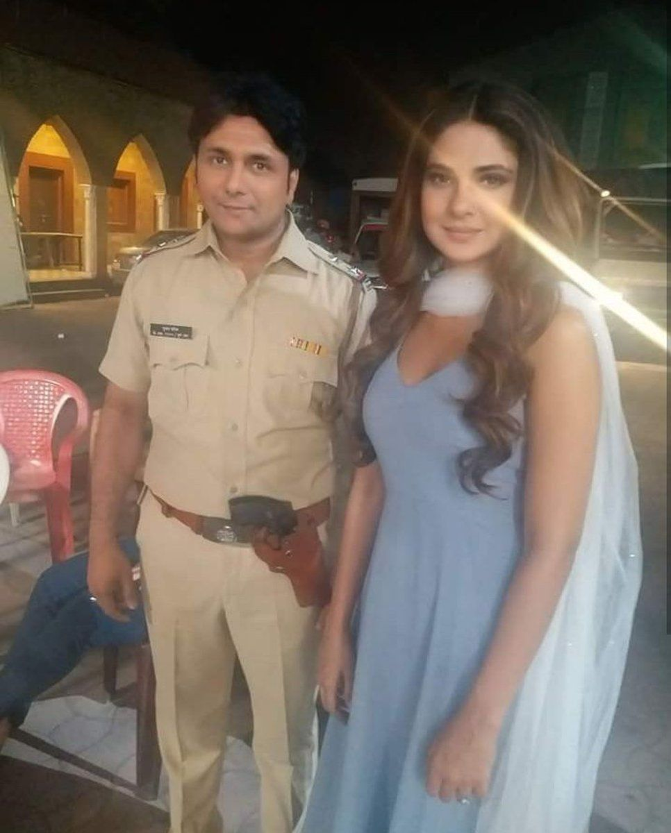 Jenniferwingetteam Jenwingetteam تويتر Jennifer Winget Jennifer Jumpsuit