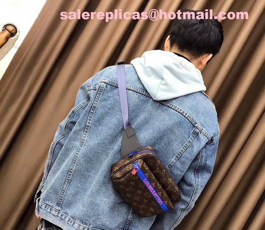 10b1f1e5cde2 2018 New Louis Vuitton Men s bumbag M43828 1
