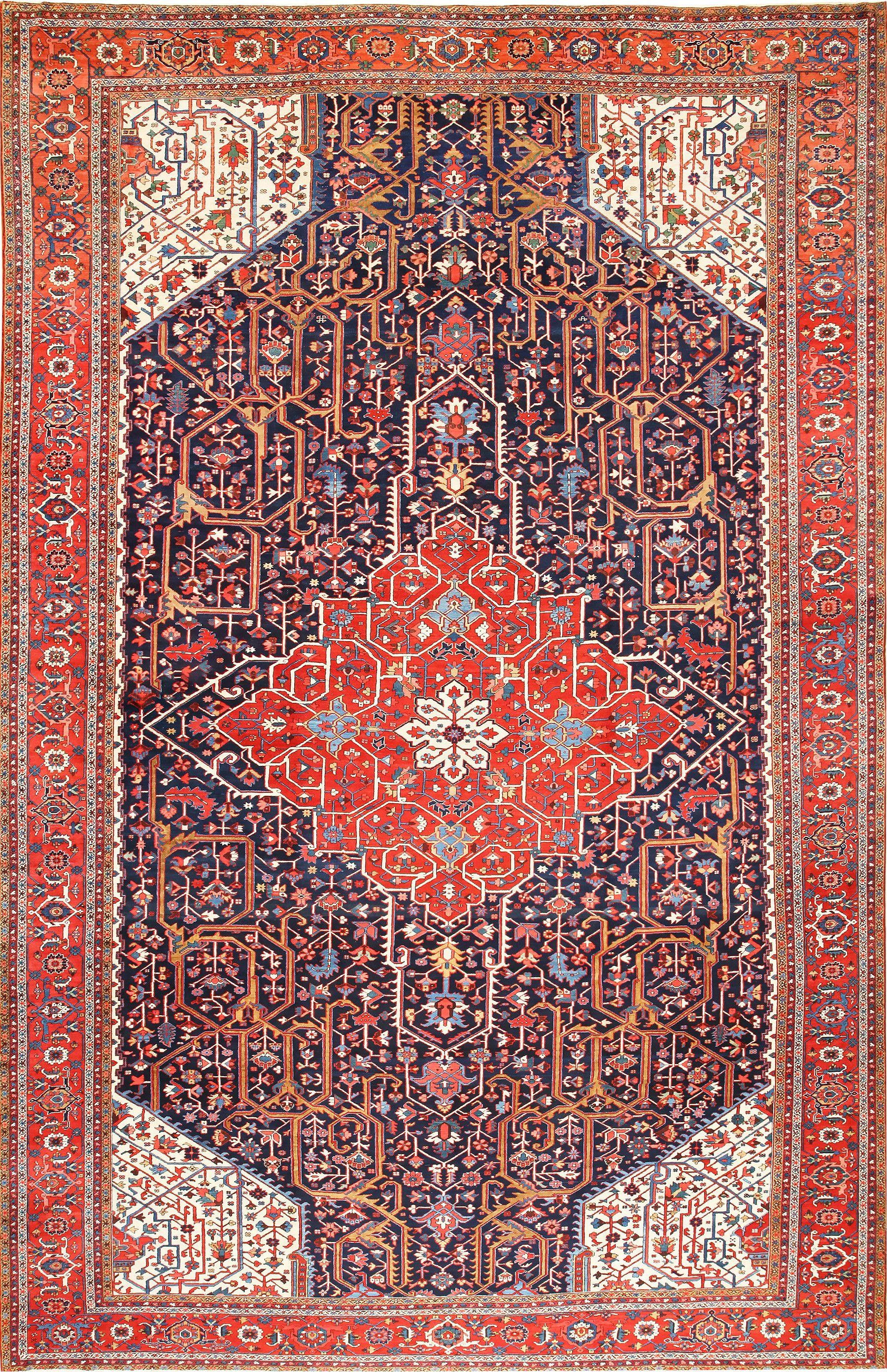 Oversize Antique Persian Heriz Serapi Rug 48677