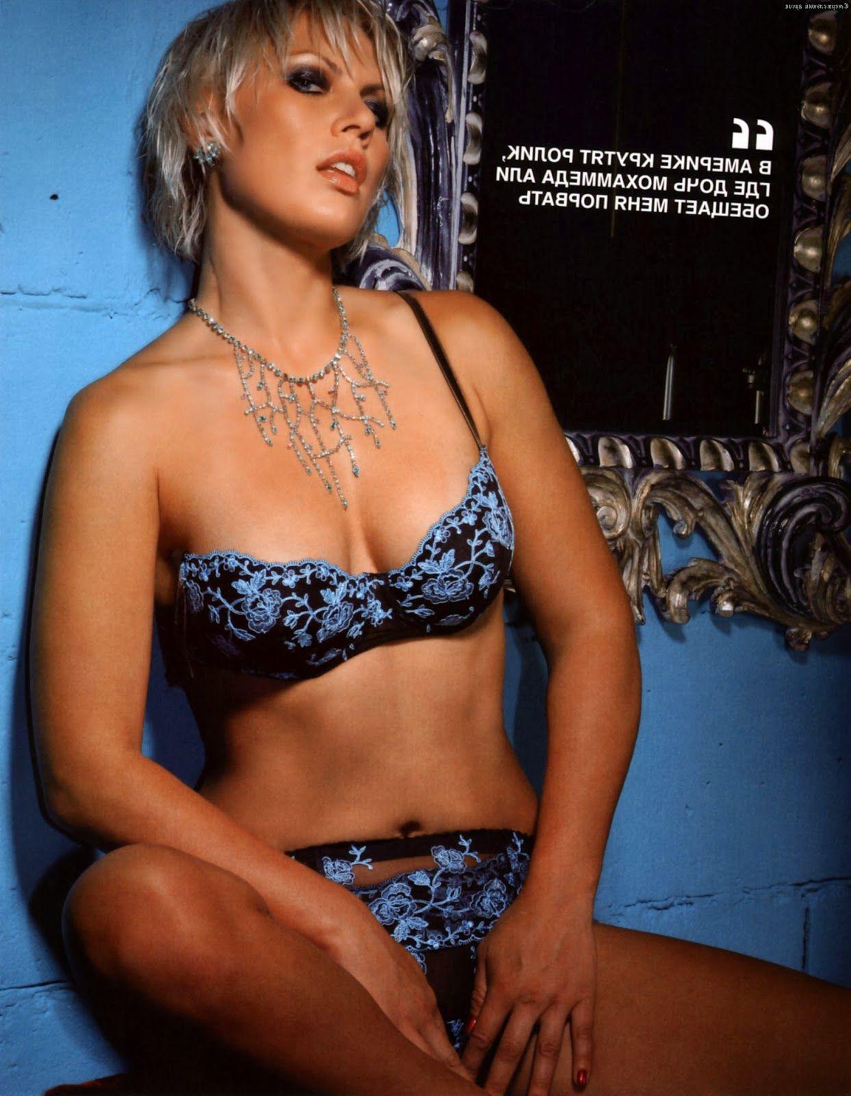 фото натальи рогозиной для журнала билд слов коллег