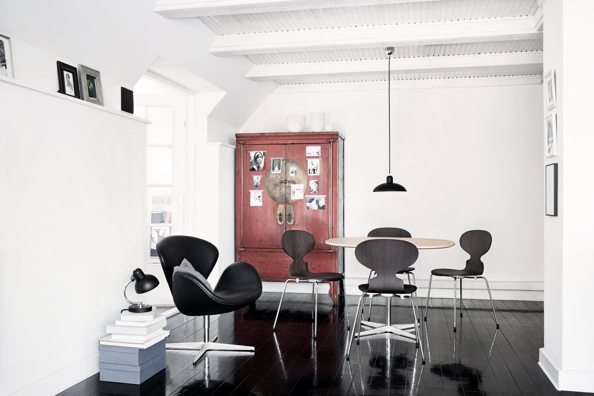 Arne jacobsen interior pin by miguel de salvador on architecture u interior design