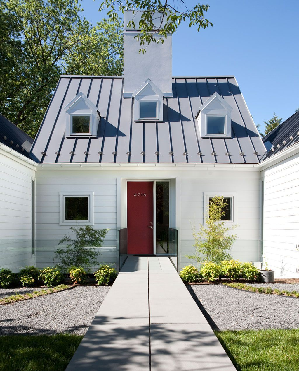 7 Remarkable Simple Ideas Tin Roofing House Roofing Terrace View Green Roofing Extension Roofing Garden Standing Seam Metal Roof Metal Roof Houses Metal Roof