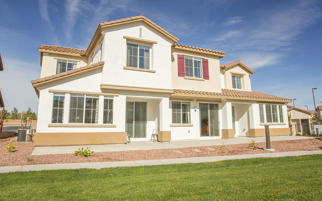 The Exteriors Elysian At Southern Highlands Apartments Las Vegas House Styles Townhouse Mansions