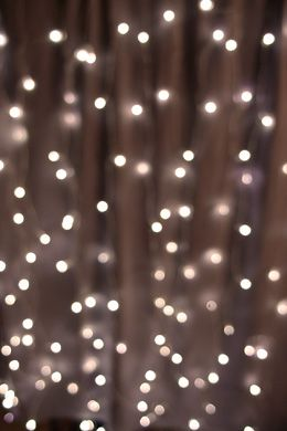 25 00 Sale Price A Stunning Led Curtain At A Great Factory Direct Price It Meas Christmas Lights Wallpaper Iphone Wallpaper Lights Wallpaper Iphone Christmas