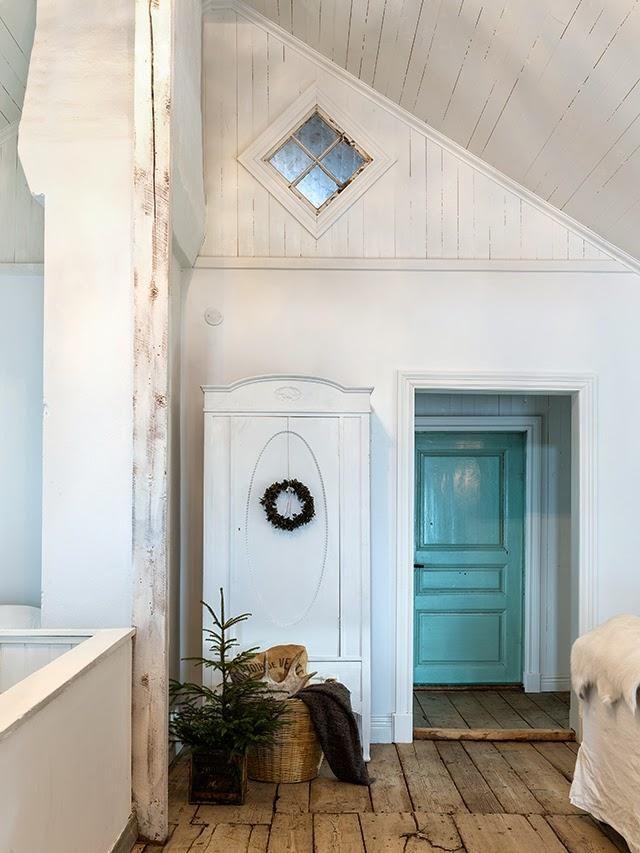 Navidad rústica en una casa escandinava                                                                                                                                                                                 Más