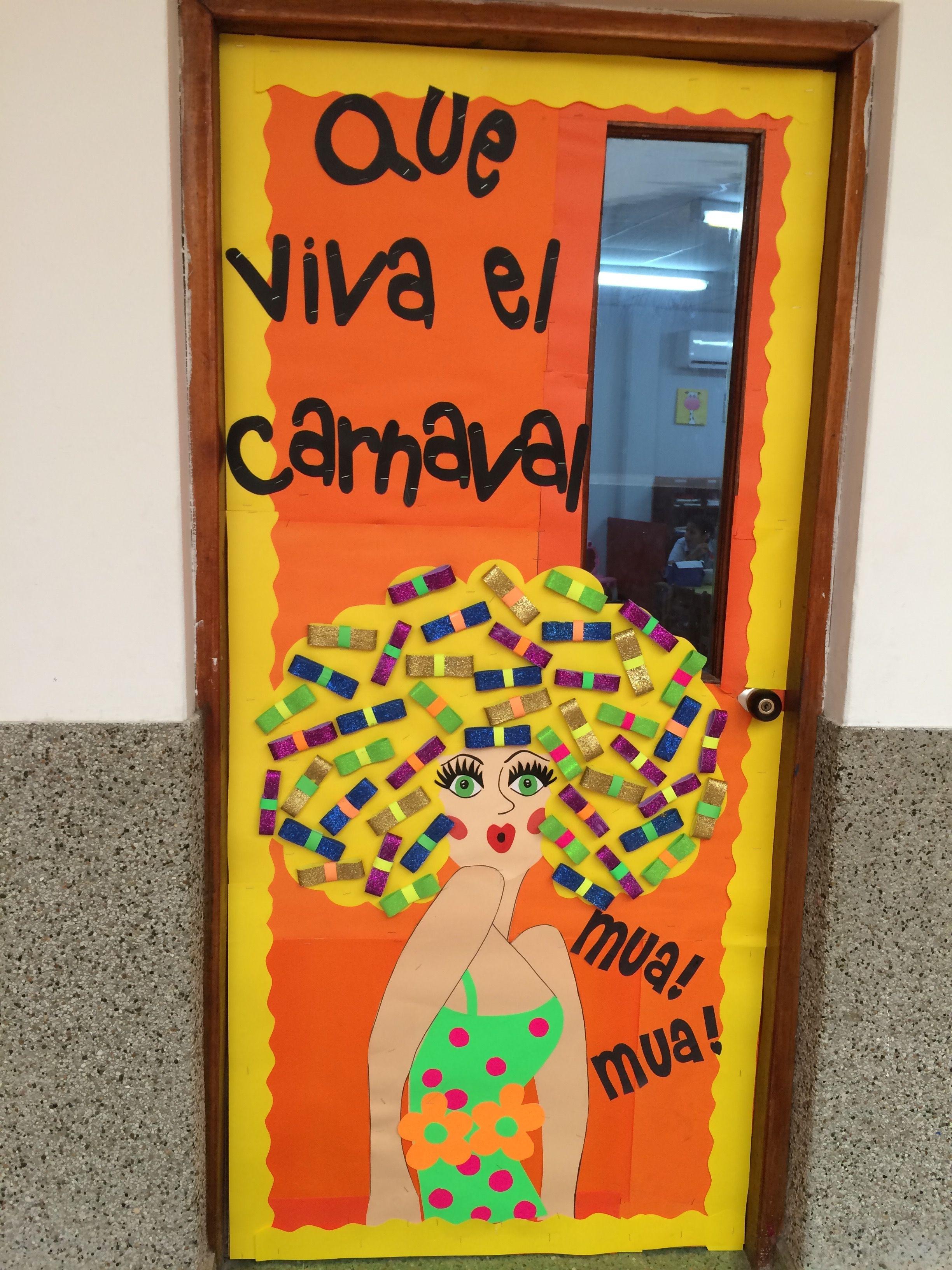 Beautiful maria mo ito classroom door decoration carnaval for Decoracion de puertas de salones