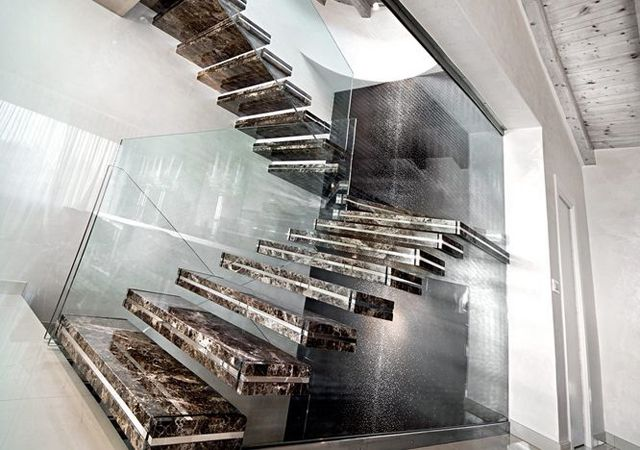 Escalier design lumineux par Luxio | Tolino, Staircases and House