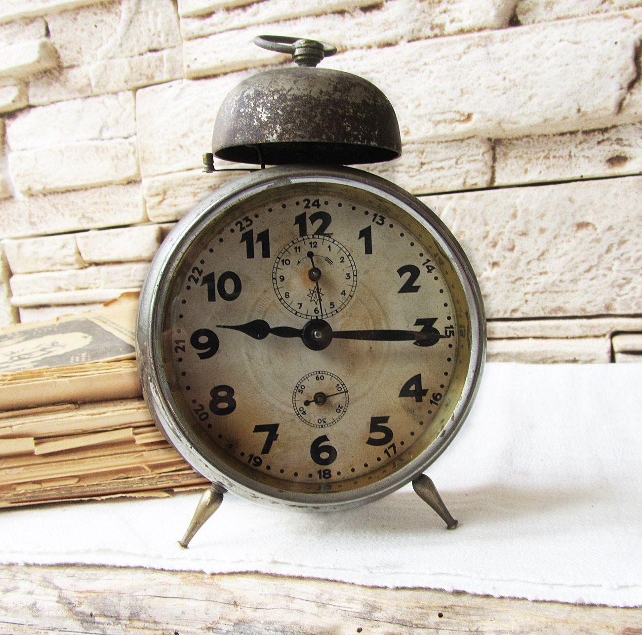 Have Alarm clock vintage idea