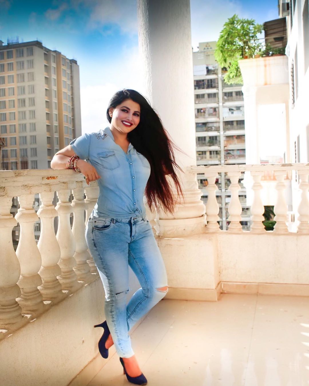 Khushi Gadhvi On Instagram Your Hair Tells A Lot About You Happyhair Happylife C Summer Trends Outfits Desi Girl Image Beautiful Women Naturally