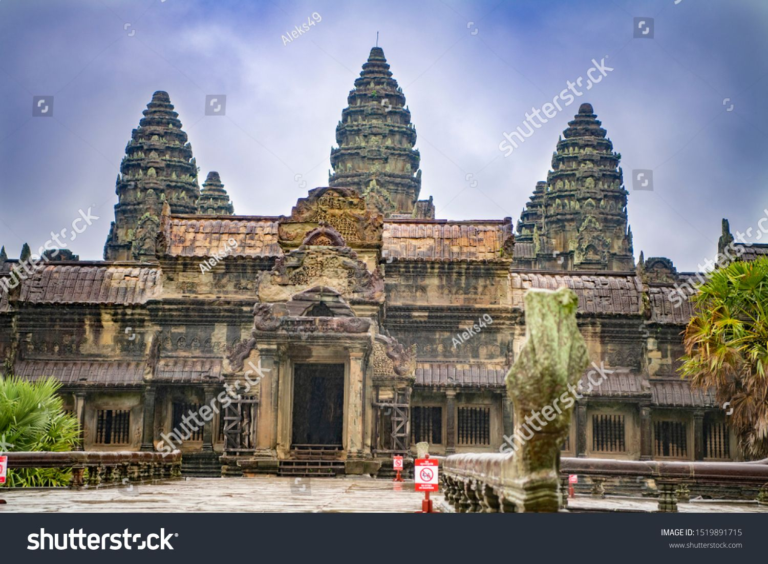 Angkor Wat is the largest temple in the world (Cambodia, 2019). It is raining #Sponsored , #sponsored, #largest#temple#Angkor#Wat