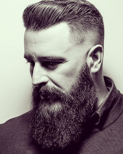 Photo of 33 Trendy Undercut Frisuren, um Ihren Bart zu ergänzen
