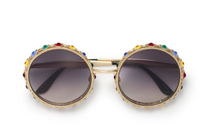 ca2c1b1256e The limited edition masterpiece features a metal frame adorned with gold-coloured  beads