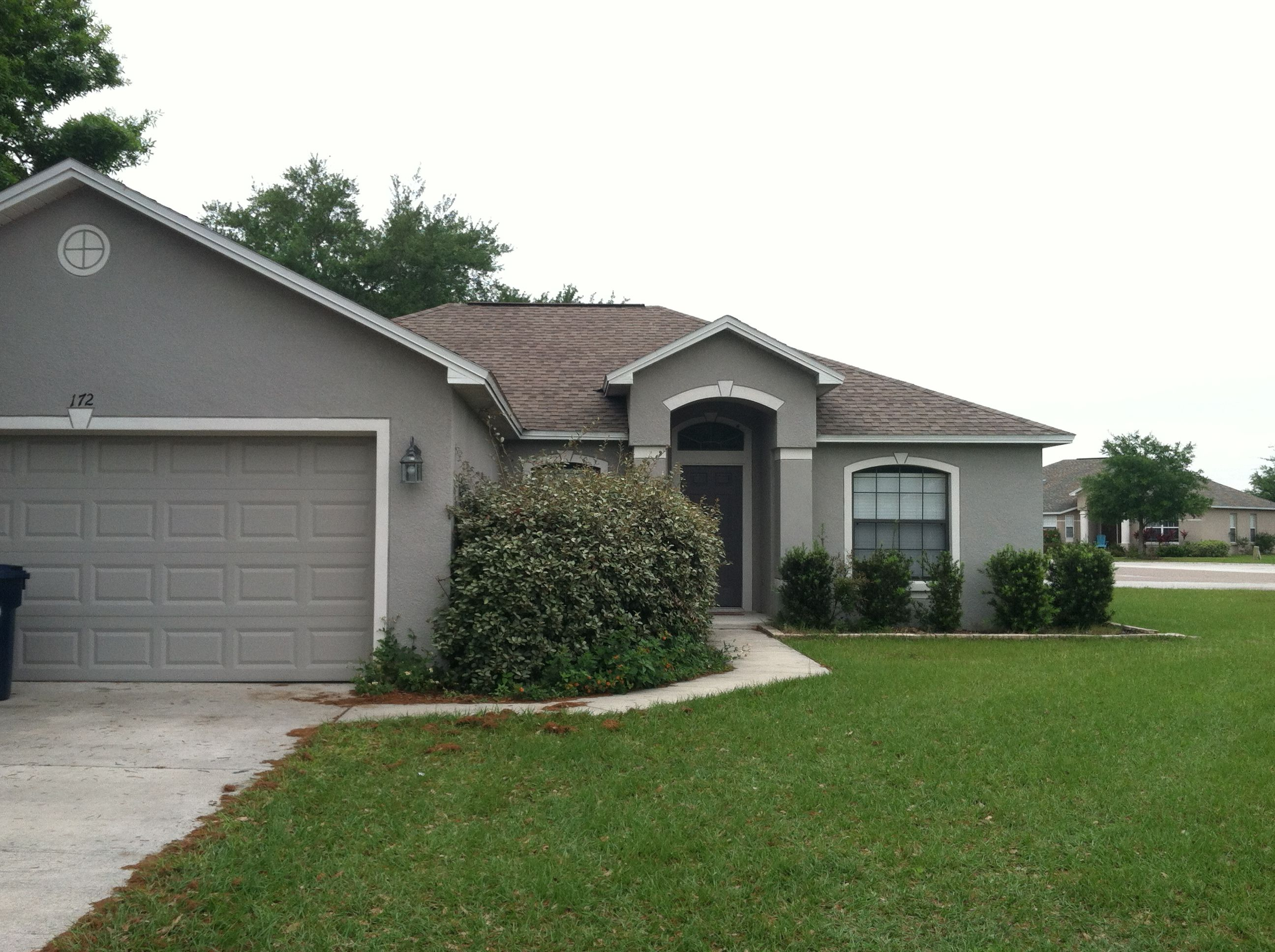 This 3 bedroom 2 bathroom single family home located at 172 oak this 3 bedroom 2 bathroom single family home located at 172 oak crossing in auburndale fl is an upgraded unit with new cabinets hardwood floors and a sciox Images