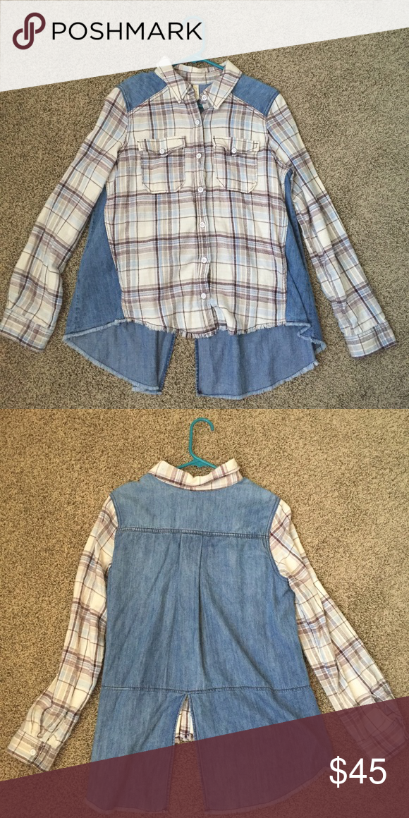 Free People denim and flannel top Free People denim and flannel top. Super cute. Worn only s few times. Excellent condition. Size medium Free People Tops Button Down Shirts