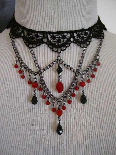 NEW Victorian Style Gothic Vampire Necklace Choker Black Venise. black/red color