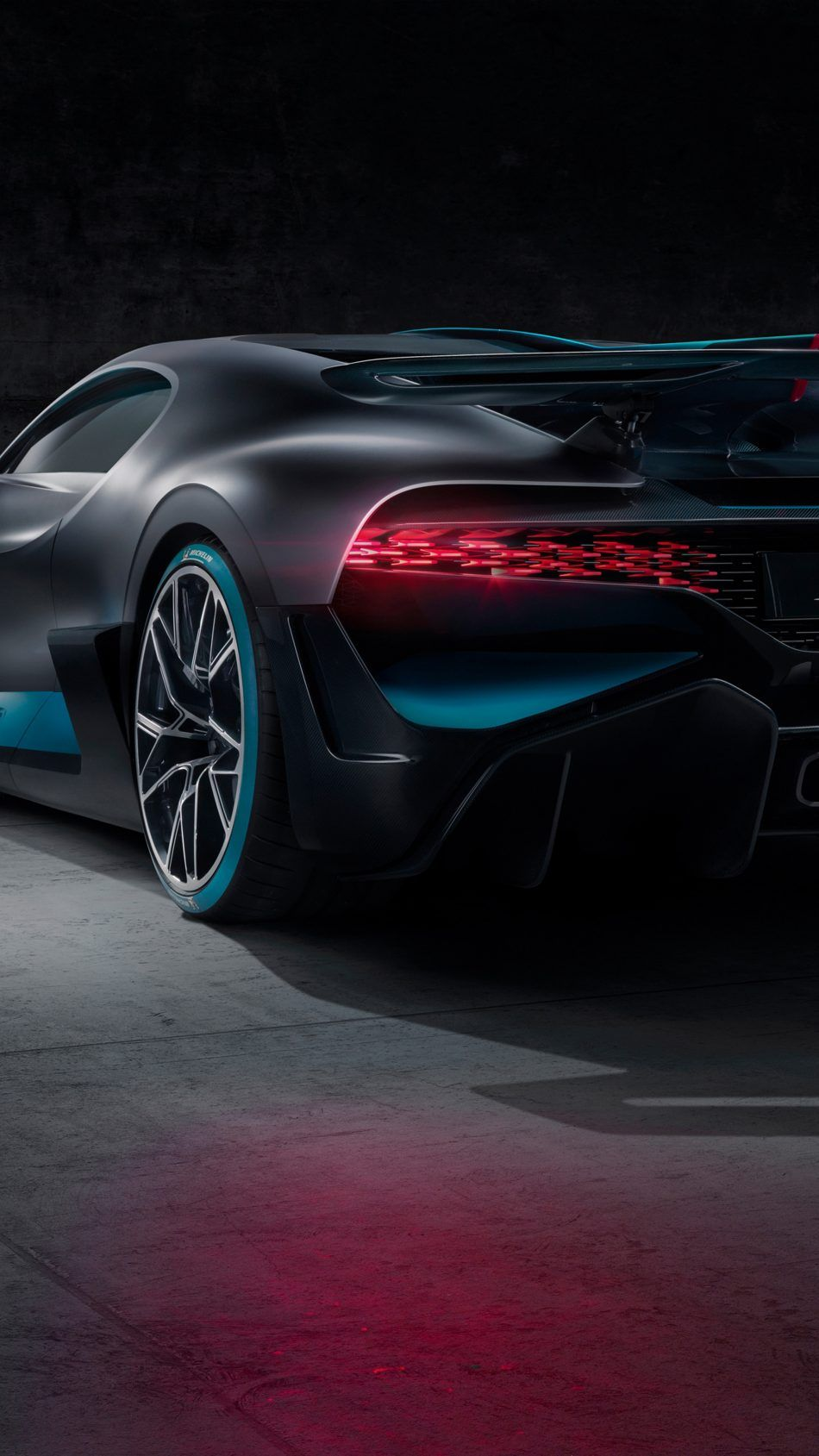 Bugatti Divo 2019 Car Wallpaper For Mobile Car Wallpapers