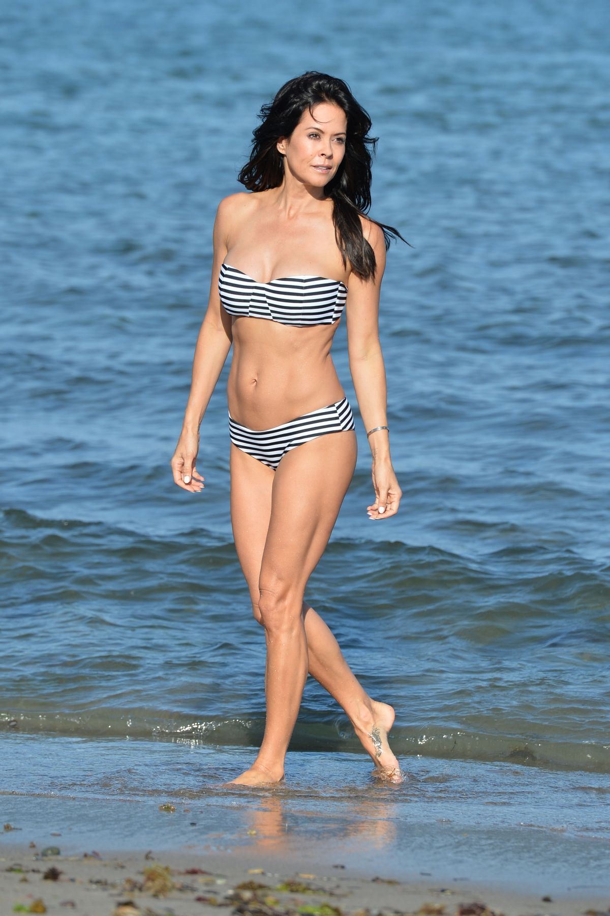 Bikini Brooke Burke nudes (12 foto and video), Topless, Is a cute, Feet, underwear 2018