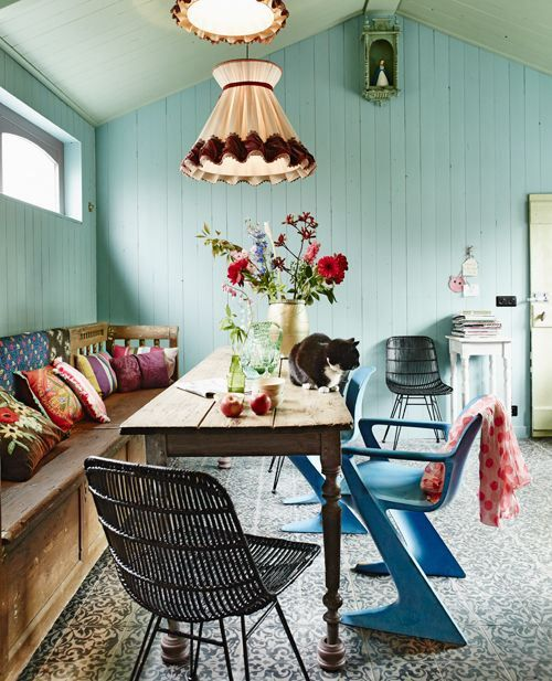 http anordinarywoman net 2013 08 03 image love eclectic boligindretning sommerhus ideer on boho chic kitchen table decor id=64882