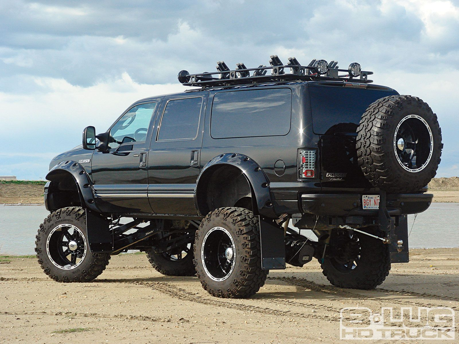 4bef2b4f1e6988062b9899c30fff7fa6 diesel truck news ford excursion trucks pinterest diesel  at edmiracle.co