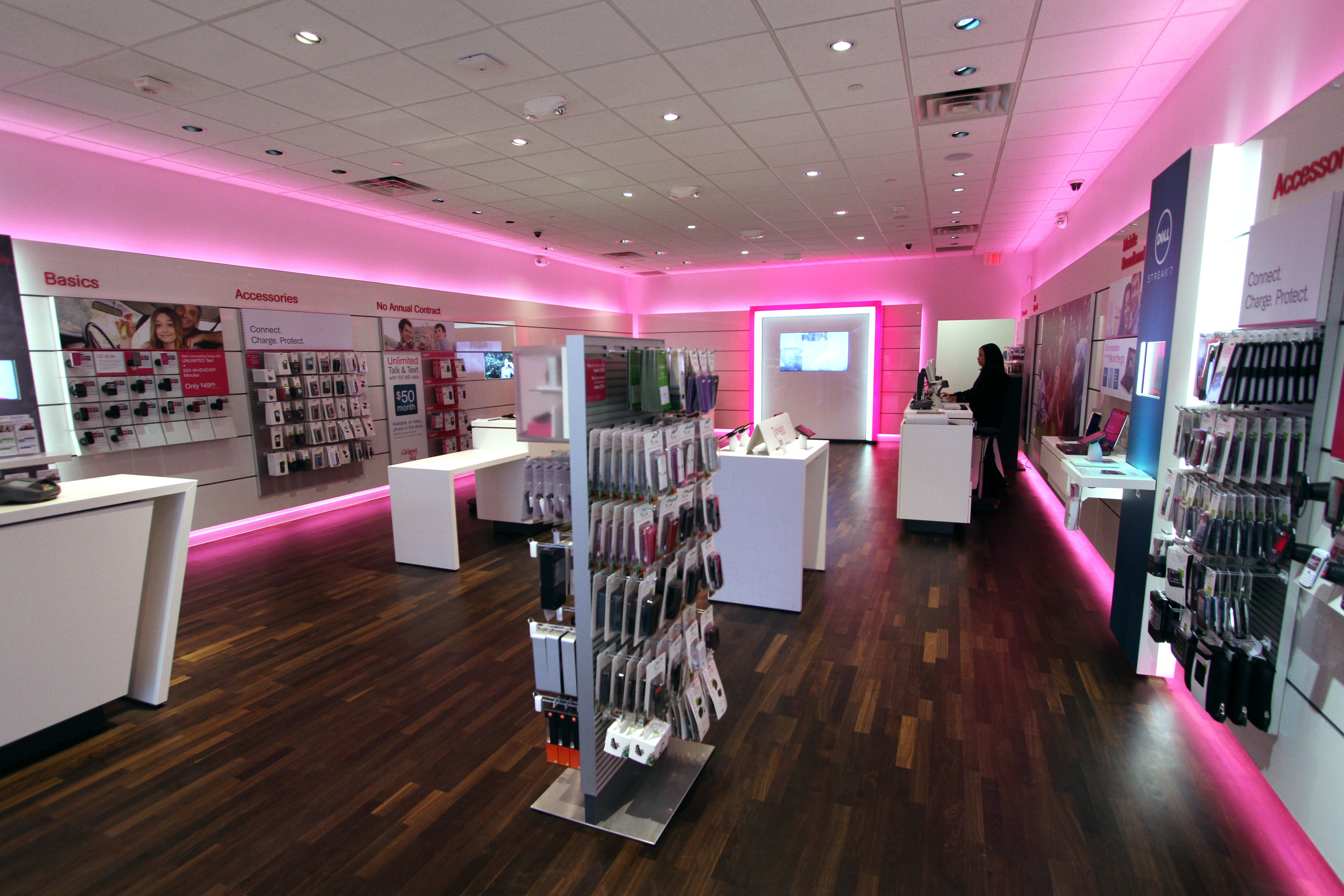 T Mobile Store Store Design Interior Retail Design Retail Fixtures