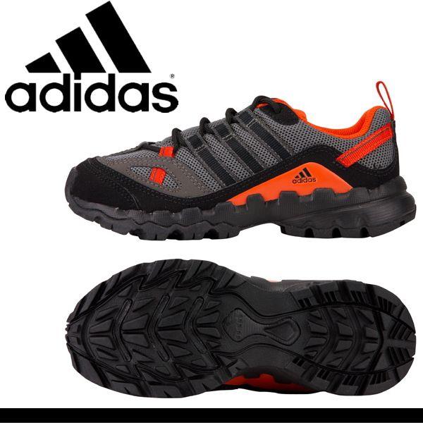 adidas スニーカー アウトドア
