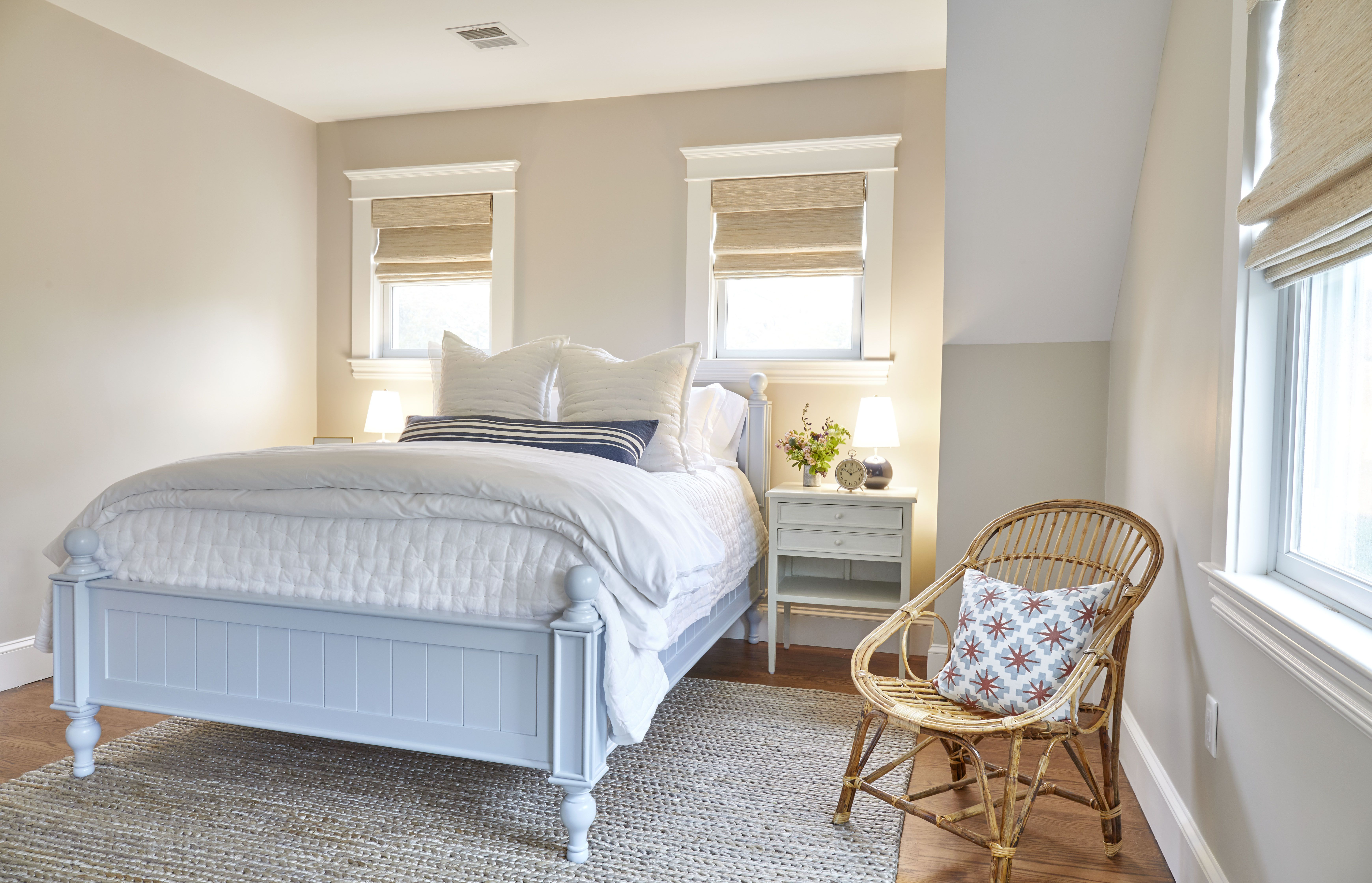 Our Beside The Seaside Bed In Martha S Vineyard Farmhouse Designed