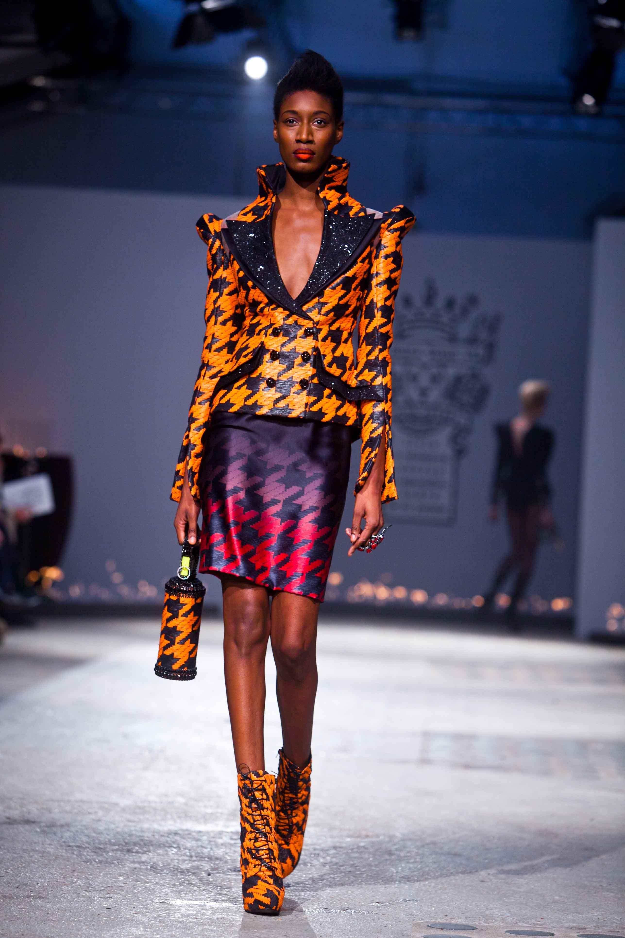 Defilé On Aura Tout Vu Couture Printemps-Eté 2012 by