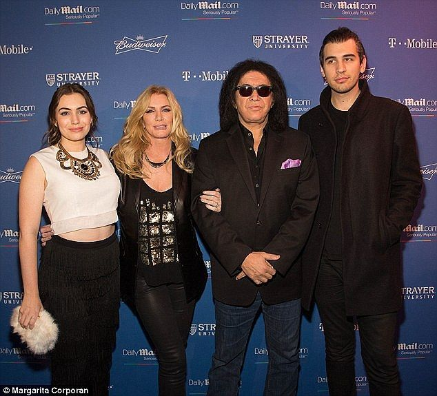 nick simmons married