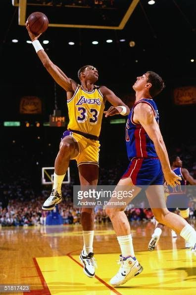 Pin By Avesta R On G O A T Kareem Abdul Jabbar Lakers Basketball Los Angeles Lakers