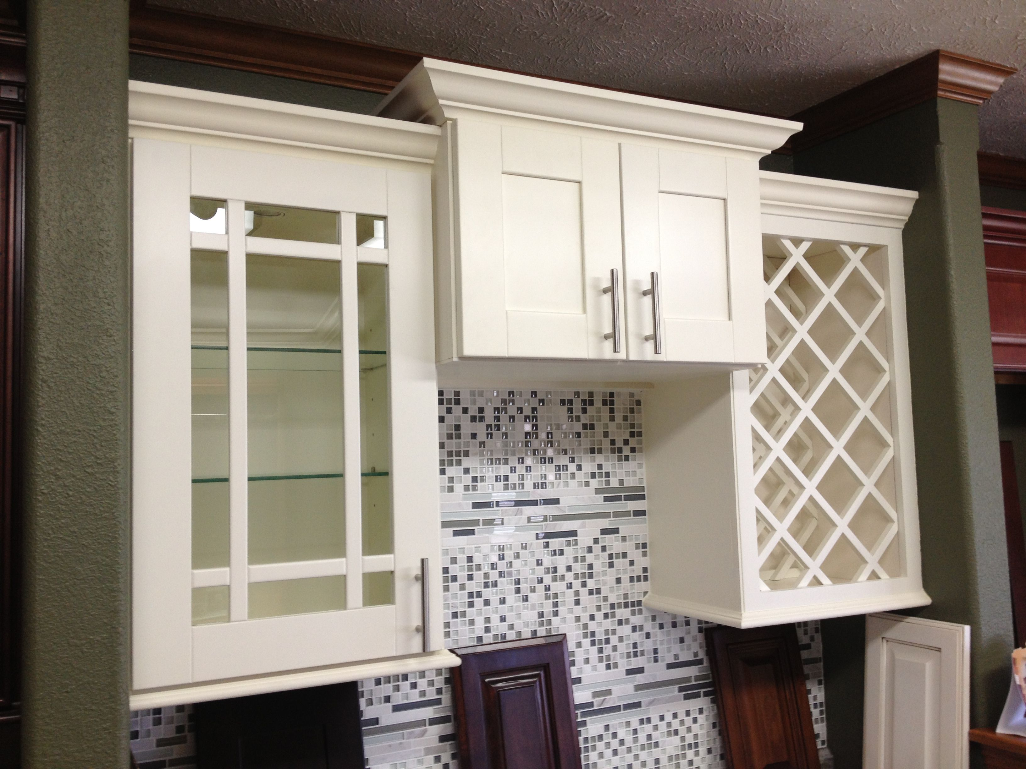 cinnamon marble kitchen uploads wellington cabinet cabinets tri com fabuwood tile wp content tristatemarble state