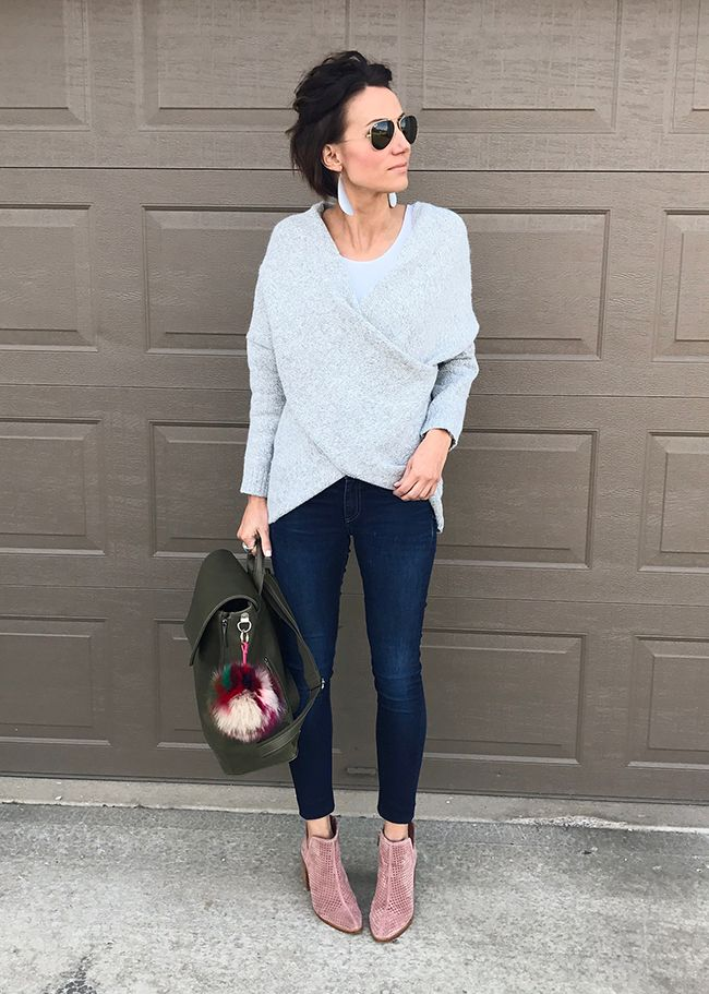 17c6016cf37 Modest Fashion Blogger Kilee Nickels and my favorite fashion outfit roundup  post. Real life fashion. Momiform ideas. Street Style.