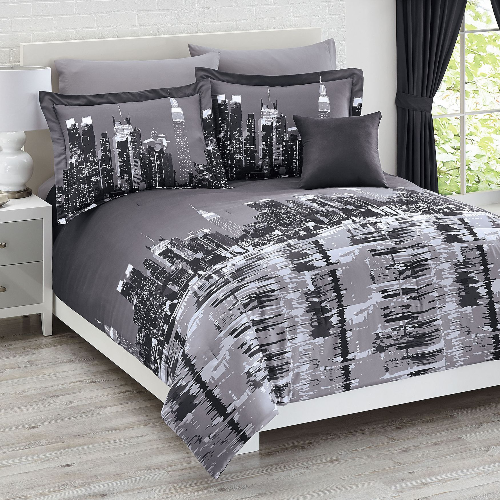 New City Ny Rentals: New York City 4-Pc. Reversible Comforter Set Collection