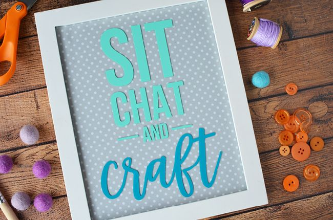 Make your own vinyl crafts with Silhouette! Yes, It's easy to cut vinyl with this amazing machine and today I'm showing you how to make this cute and easy craft sign!