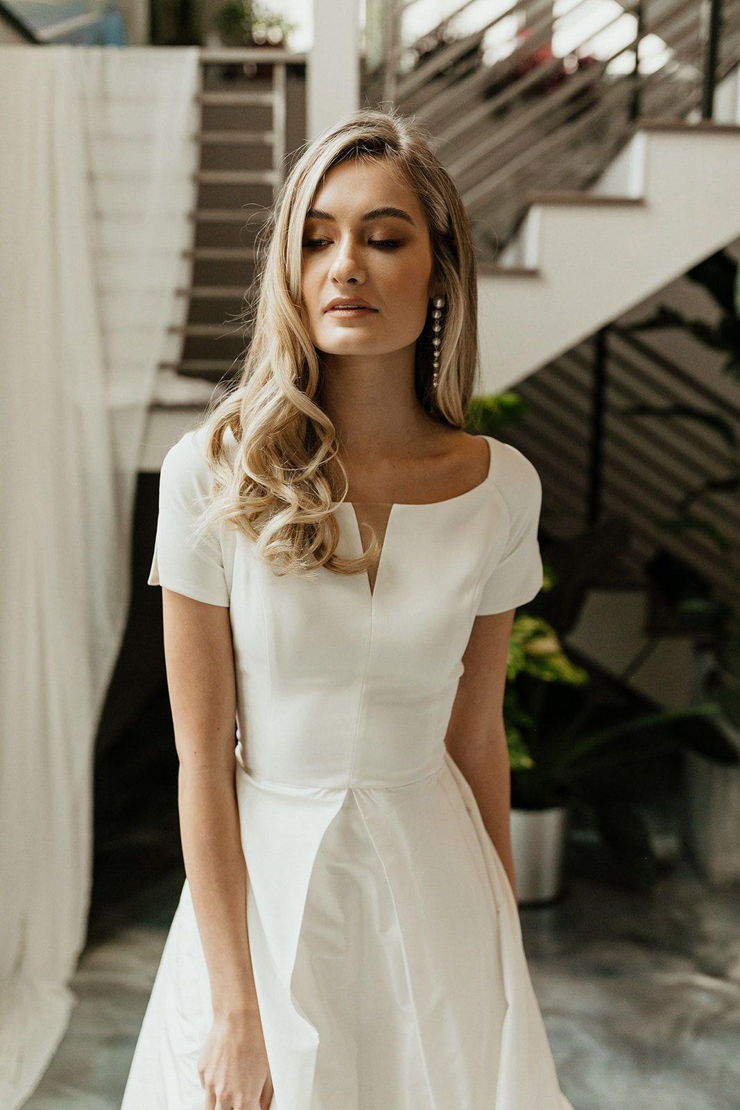9 Dress With Sleeves Formal Modest Wedding Short Sleeve Wedding Dress Modest Wedding Dresses Boat Neck Wedding Dress [ 1600 x 1067 Pixel ]