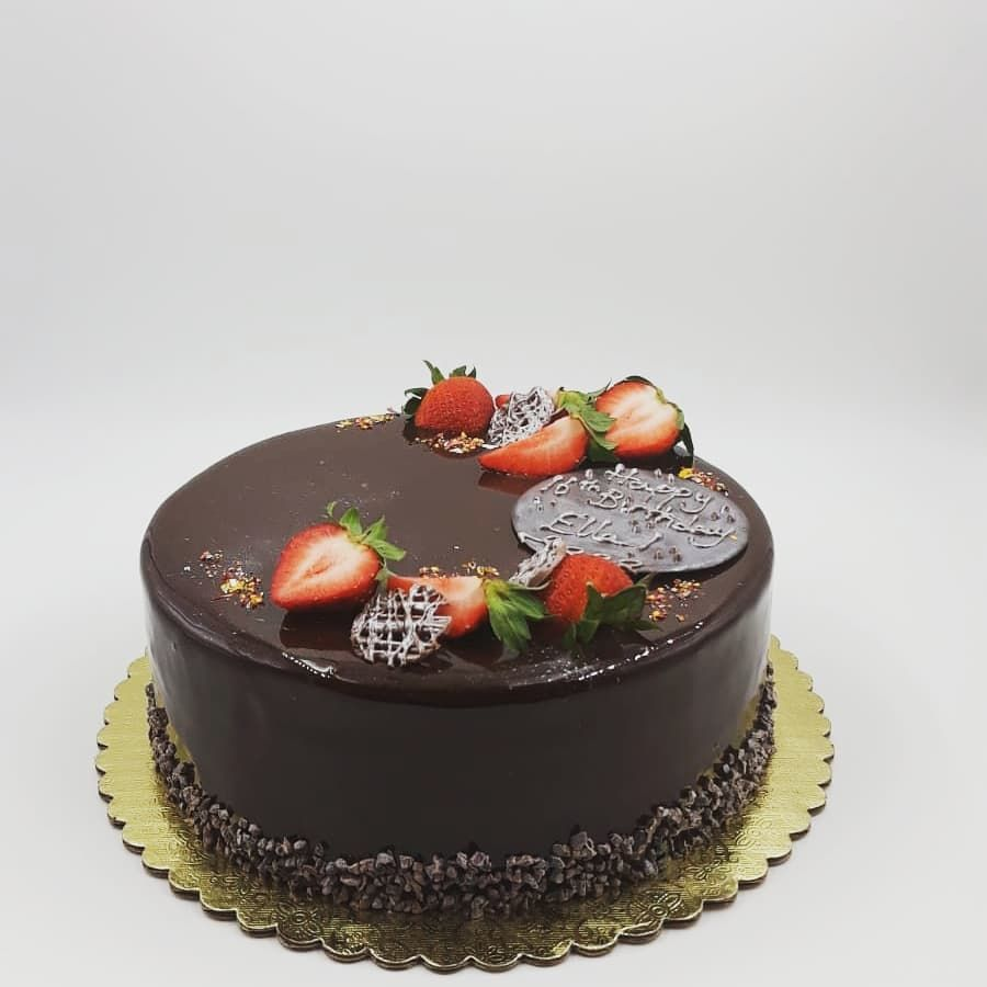 Our Chocolate Mirror Glaze is a fan favourite! Don't forget to order yours today!