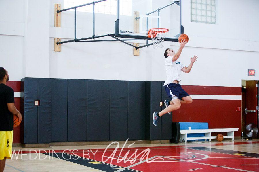 Groom plays basketball before wedding at Pittsburgh Athletic Association Wedding