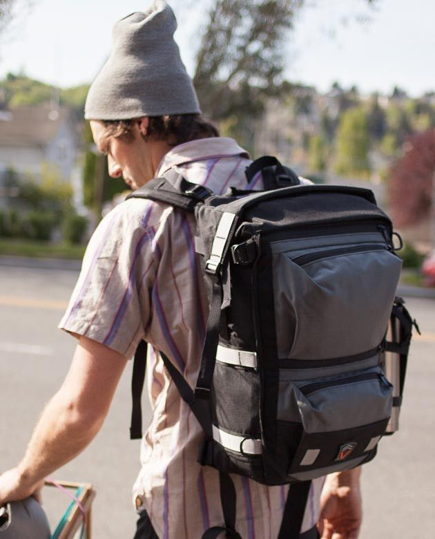 7b9ce5dda2 The Edge series urban laptop backpacks are our most popular commuter packs.  The Edge 40 is the big brother to the Edge 30 with an extra 1