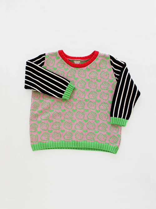 PLEASE. *__*  Annie Larson sweater
