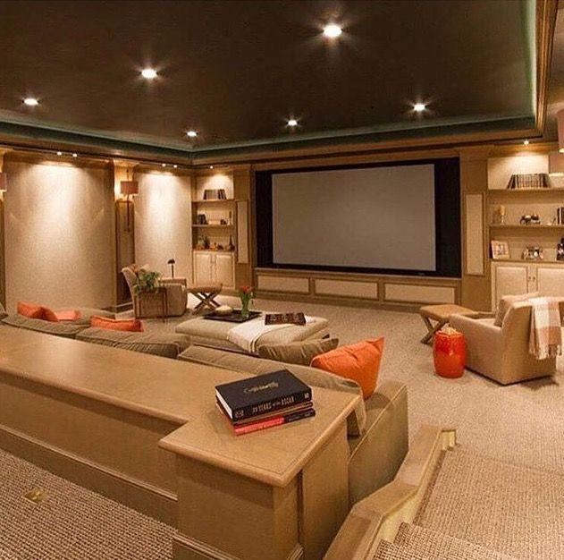 Salas De Cine En Casa: Pin De Astrid Alver En Salones De Juegos, Cantinas Y Salas