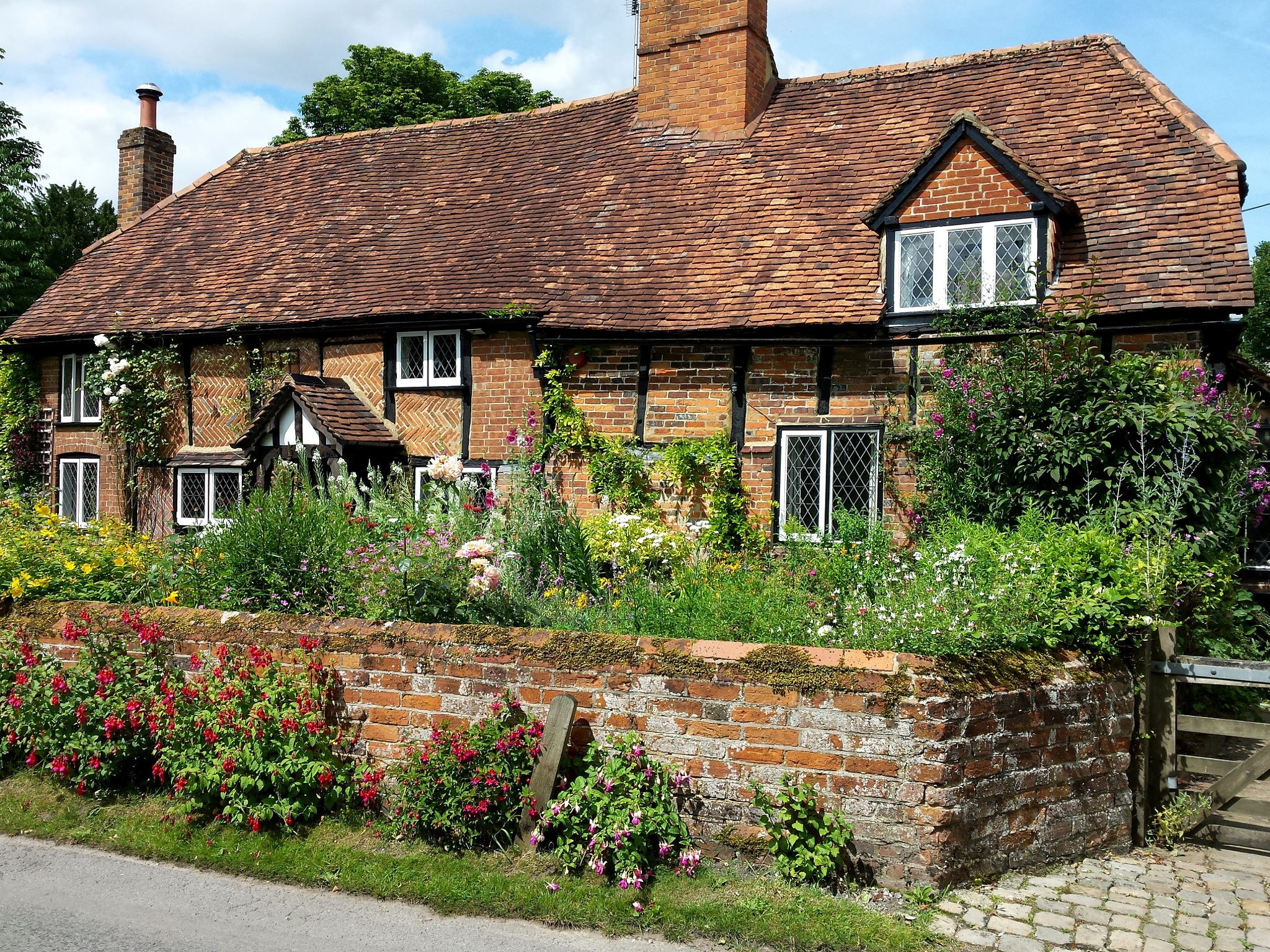 English country house and cottage garden. - null | art | Pinterest ...