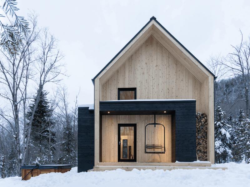 Villa bor ale une cabane en bois moderne au qu bec for Cabane en bois moderne