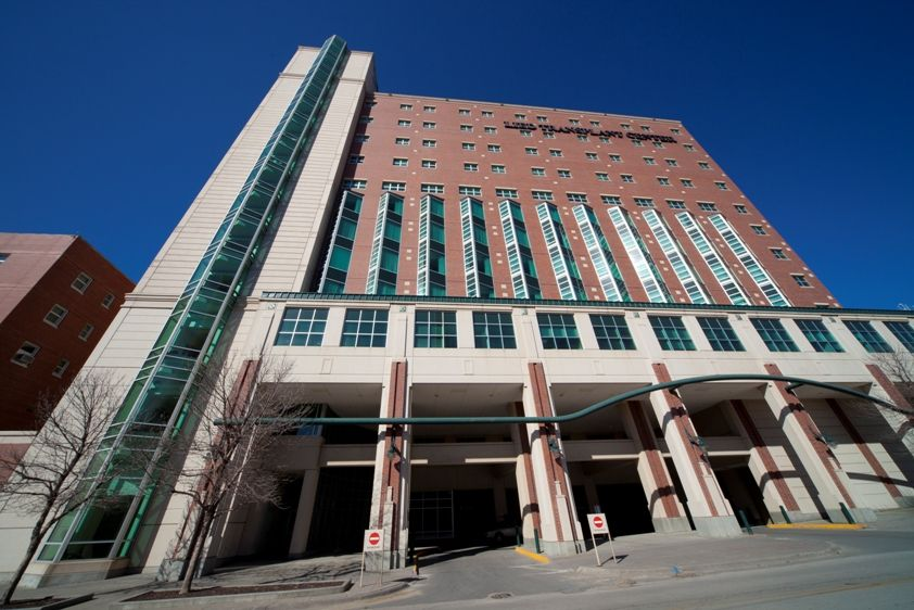 Cool Angle Of The Lied Transplant Center Building At The Nebraska Medical Center Photographer Tayl Medical Center Building Hospital
