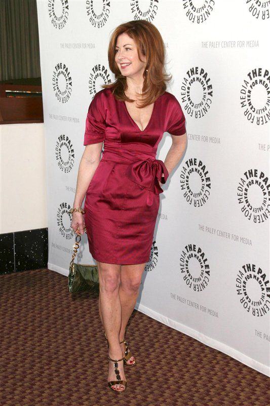 Dana Delany Legs   Wallpapers And Pictures Of Dana -8978