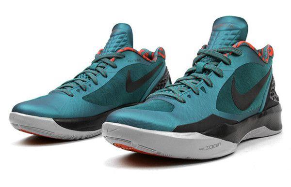 best sneakers 3112c 7e8e6 NIKE ZOOM HYPERDUNK 2011 LOW