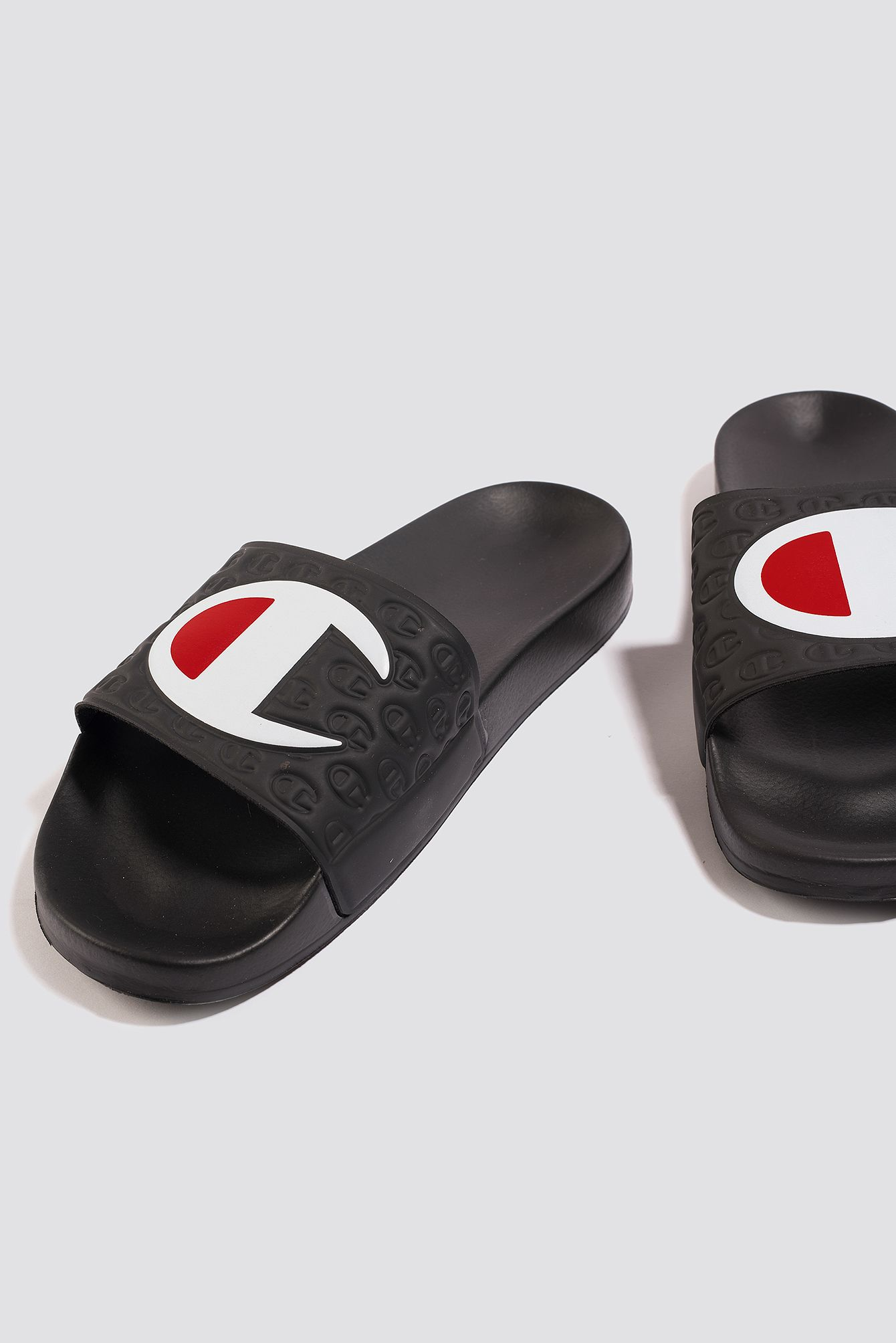 047ec558e CHAMPION MULTI-LIDO SLIDE - BLACK.  champion  shoes