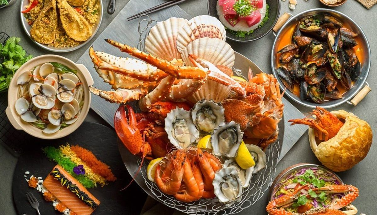 South Austin Reels In Mexican Inspired Seafood Restaurant And Raw Bar God Bless Texas Seafood Restaurant Food Hotel Buffet