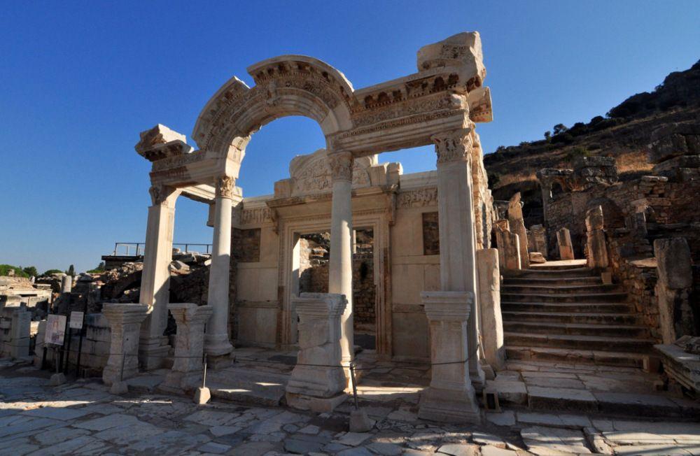 Efes Antik Kenti Hakkında Kısa Tarih Bilgisi Ve Fotoğraflar Efes
