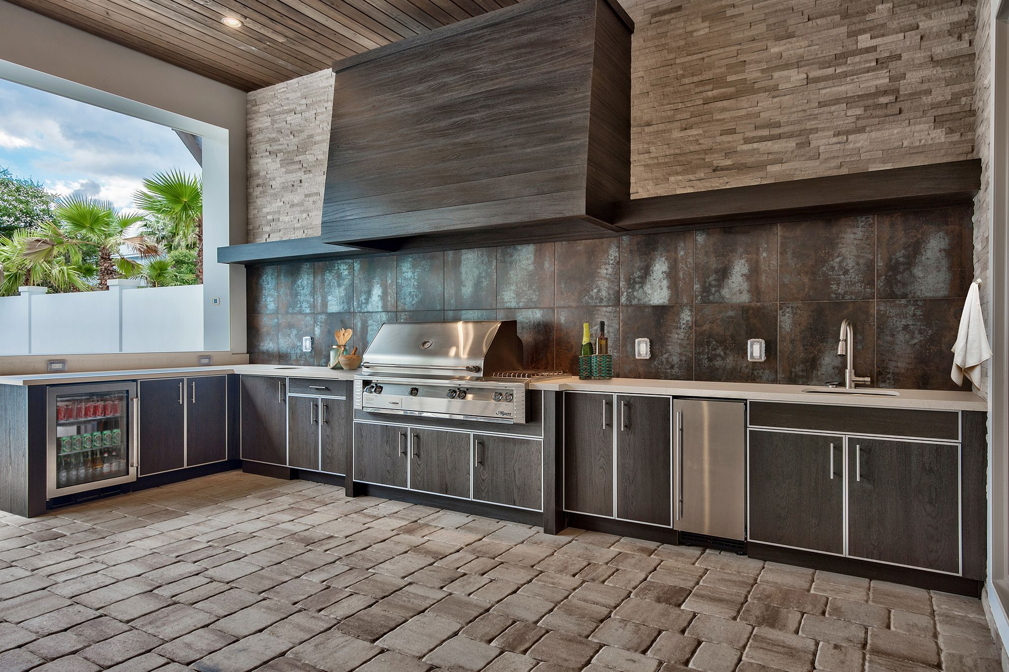 Discover The Rich Look Of Real Wood Outdoor Cabinets Without The Constant Maintenance Nat Outdoor Kitchen Cabinets Outdoor Kitchen Outdoor Kitchen Countertops