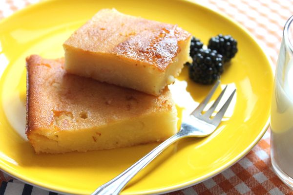 cassava cake ist eine beliebte philippinische nachspeise der kuchen eignet sich auch als snack. Black Bedroom Furniture Sets. Home Design Ideas
